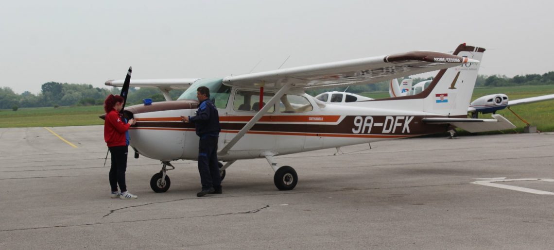 Servis C172 i Skidanje boje Vuk-T